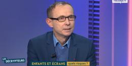 Les troubles causés par l'exposition des enfants aux écrans par Olivier Houdé - Le Figaro